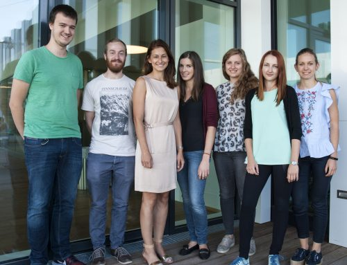 New lab photo with our summer student Veronica Pinamonti